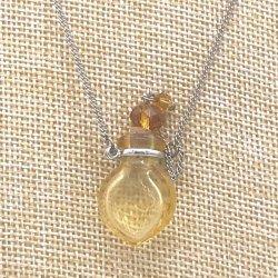 小さなガラス瓶のアロマペンダント SK2 イエロー(メール便可)香りを胸元に♪