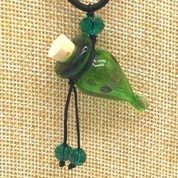 【SALE】 小さなガラス瓶のアロマペンダント PS13 グリーン(メール便可)長さ調節可能・香りを胸元に♪