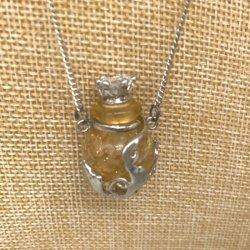 【メール便・送料無料】小さなガラス瓶のアロマペンダント  PSK5  コルク栓は王冠風 キラキララインストーン付!ワードローブや気分に合わせて香りを胸元に。可愛いガラスのアクセント♪