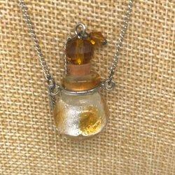 【メール便・送料無料】小さなガラス瓶のアロマペンダント PSK6 イエロー /レッド ワードローブや気分に合わせて香りを胸元に。可愛いガラスのアクセント♪