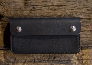 <img class='new_mark_img1' src='https://img.shop-pro.jp/img/new/icons25.gif' style='border:none;display:inline;margin:0px;padding:0px;width:auto;' />DEVELOP BIKER WALLET MINERVA BOX (BLACK)