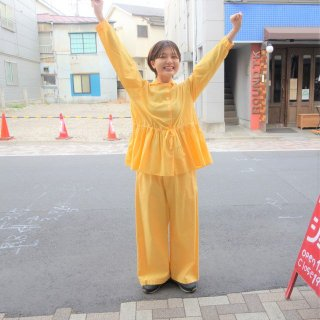 suzuki takayukiさん 黄色のハッピーパンツ