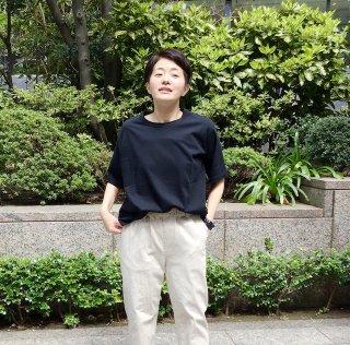tumugu 半袖黒T(o)