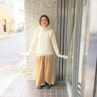 <img class='new_mark_img1' src='https://img.shop-pro.jp/img/new/icons60.gif' style='border:none;display:inline;margin:0px;padding:0px;width:auto;' />suzukitakayukiさん ぴかぴかパンツ(ゴールド)