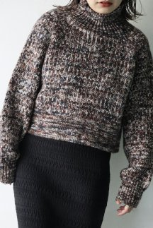 <img class='new_mark_img1' src='https://img.shop-pro.jp/img/new/icons56.gif' style='border:none;display:inline;margin:0px;padding:0px;width:auto;' />artens PRINT DYE YARN BACK & FRONT WEAR PULLOVER