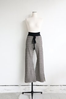 <img class='new_mark_img1' src='https://img.shop-pro.jp/img/new/icons5.gif' style='border:none;display:inline;margin:0px;padding:0px;width:auto;' />CURRENTAGE KNIT FLARE PANTS BROWN×BLACK CHECK
