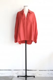 <img class='new_mark_img1' src='https://img.shop-pro.jp/img/new/icons5.gif' style='border:none;display:inline;margin:0px;padding:0px;width:auto;' />CURRENTAGE TWISTCRAPE LINEN BLOUSE