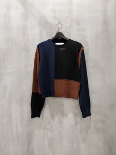 <img class='new_mark_img1' src='https://img.shop-pro.jp/img/new/icons1.gif' style='border:none;display:inline;margin:0px;padding:0px;width:auto;' />THOMAS MAGPIE crew neck knit