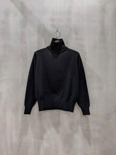<img class='new_mark_img1' src='https://img.shop-pro.jp/img/new/icons1.gif' style='border:none;display:inline;margin:0px;padding:0px;width:auto;' />THOMAS MAGPIE layered knit
