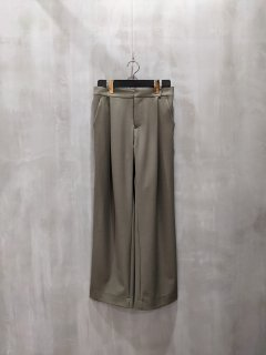 <img class='new_mark_img1' src='https://img.shop-pro.jp/img/new/icons1.gif' style='border:none;display:inline;margin:0px;padding:0px;width:auto;' />THOMAS MAGPIE stretch pants