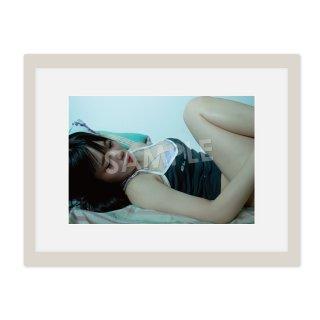 IDOL FILE 自粛女子 A4額装写真[神聖るーにゃん]C