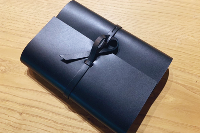 KAKURA 紐巻きバイブルシステム手帳 ブラック