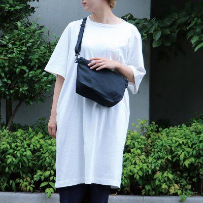 """<img class='new_mark_img1' src='https://img.shop-pro.jp/img/new/icons6.gif' style='border:none;display:inline;margin:0px;padding:0px;width:auto;' />BRANDHUE """"3Pockets T-Shirt / Long length"""""""