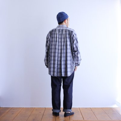 "<img class='new_mark_img1' src='https://img.shop-pro.jp/img/new/icons7.gif' style='border:none;display:inline;margin:0px;padding:0px;width:auto;' />Essentickle Re ""RL remake back gather shirt (lightblue check)"""