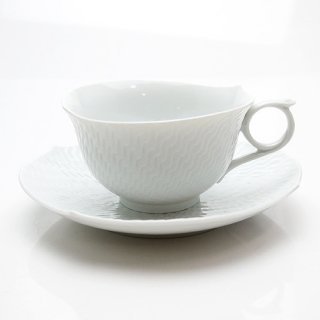マイセン (Meissen) 波の戯れホワイト ティーカップ &ソーサー29633