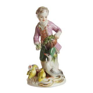 ヴィンテージ<br>マイセン (Meissen)<br>鳥に餌をやる少年 1900年頃