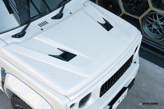 エクスプロージョン ボンネットカバー ジムニー JB64W ジムニーシエラ JB74W FRP2色塗分け塗装済み品