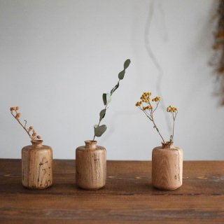 RetRe リツリ 虫食いの花器 筒 木製花器 個性豊かな表情