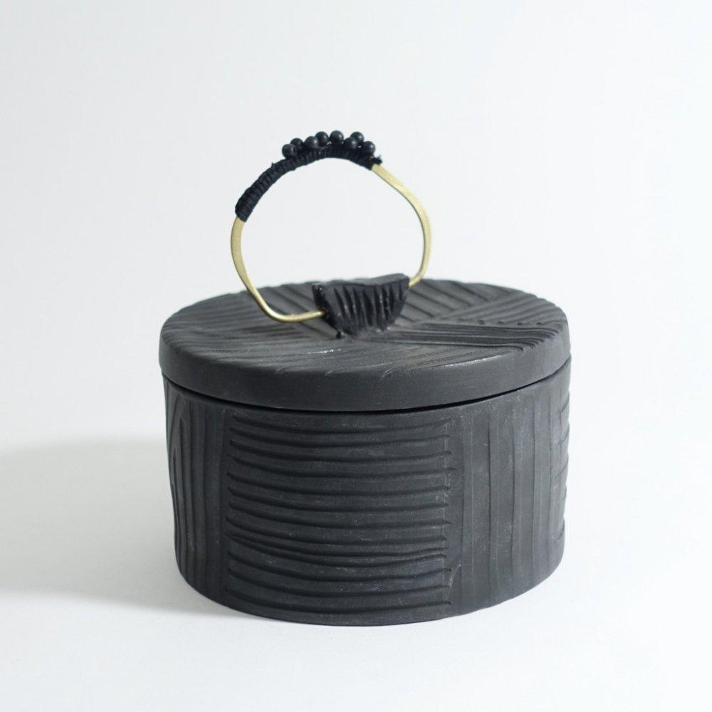 black box L