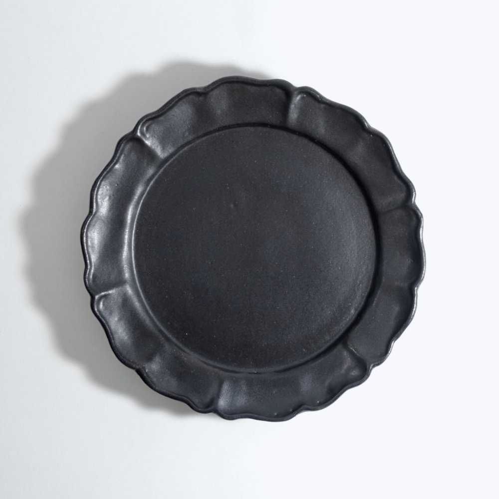 黒釉ドレープ皿