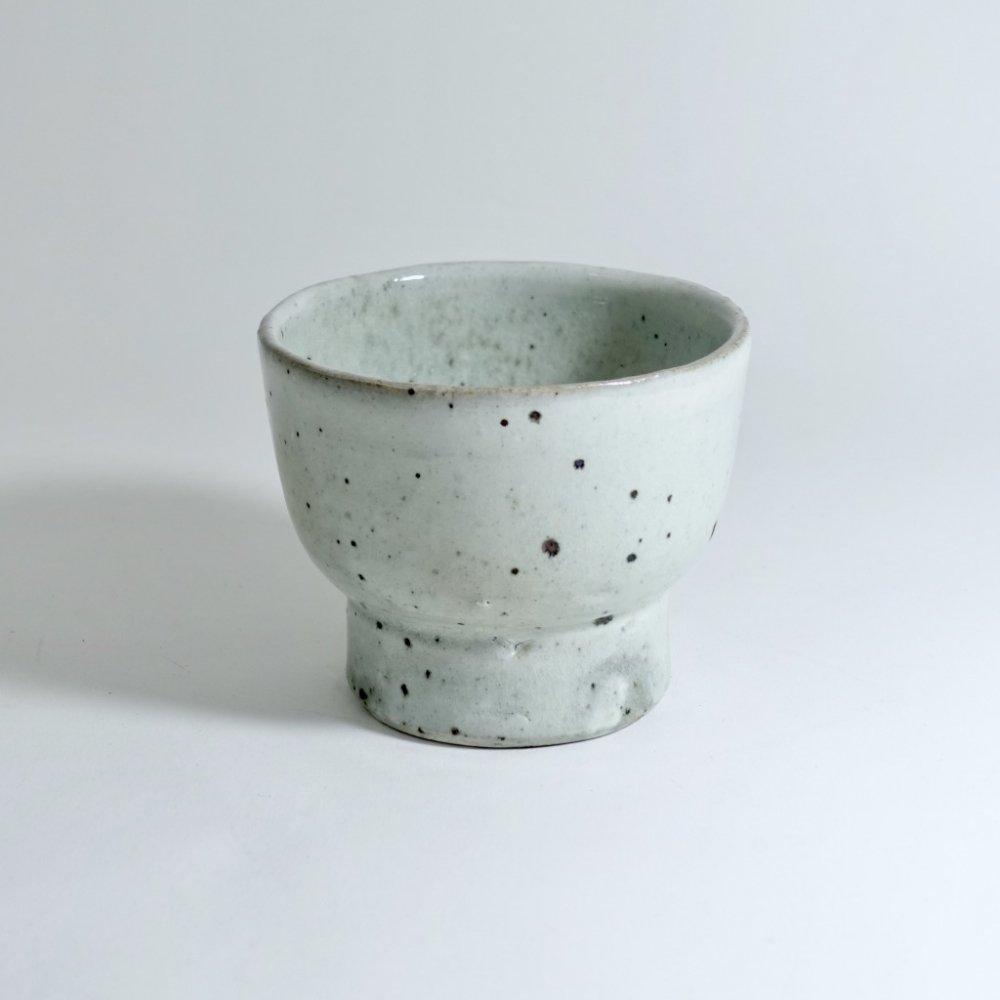 灰釉粉引台小鉢