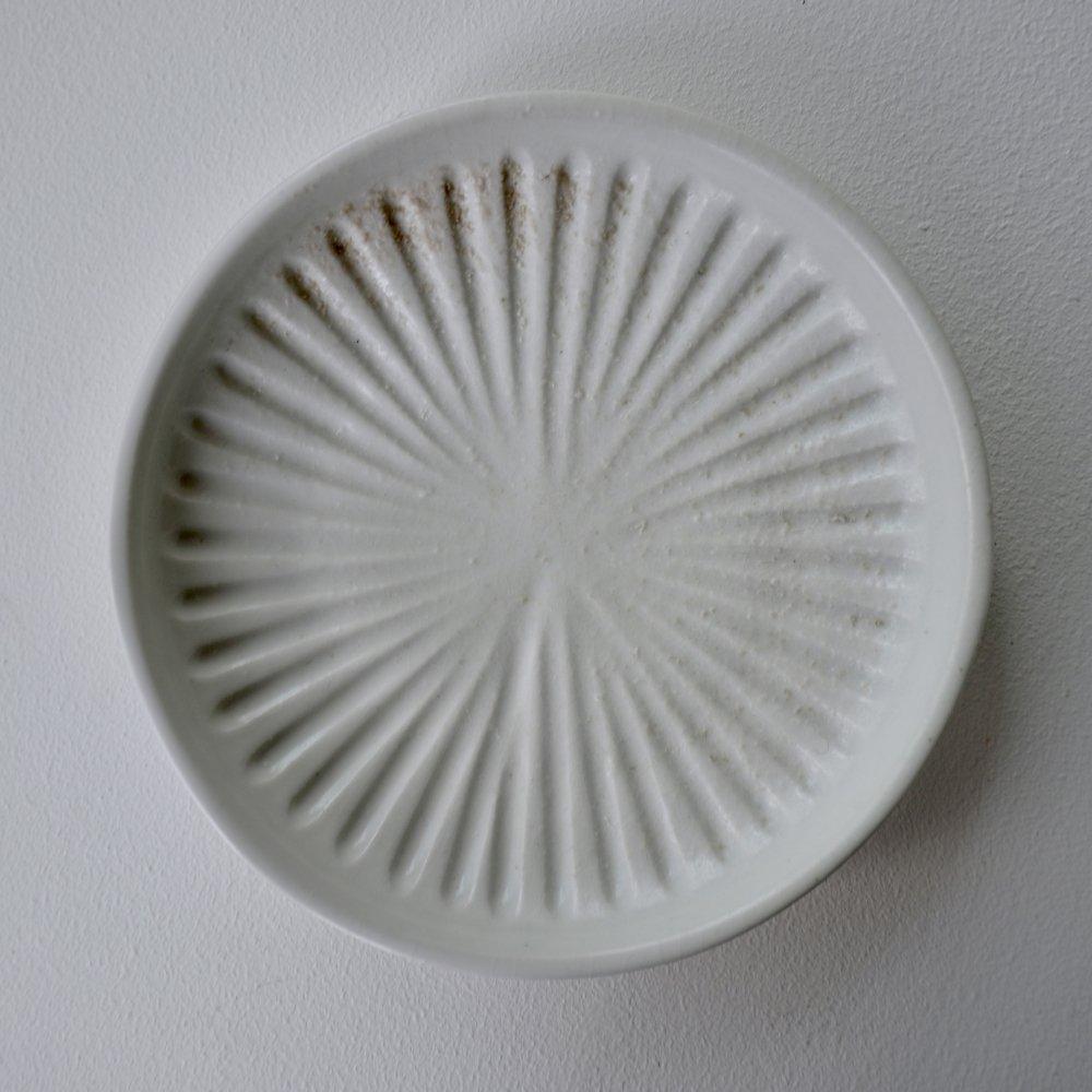 白磁鎬5寸皿