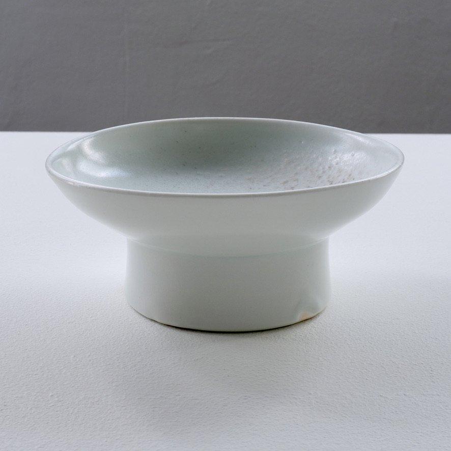 白磁5寸台鉢