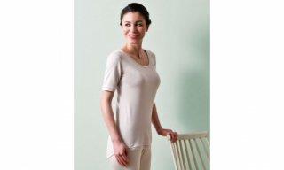 シルクと綿のシンプル半袖インナー