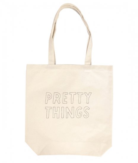 <img class='new_mark_img1' src='https://img.shop-pro.jp/img/new/icons60.gif' style='border:none;display:inline;margin:0px;padding:0px;width:auto;' />PRETTY THINGS LOGO TOTE