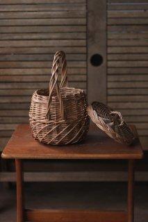 ウィッカ—バスケット - 蓋つき丸型