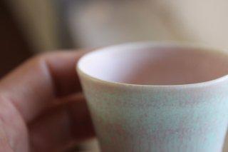 山崎裕子 325    茶杯 b.
