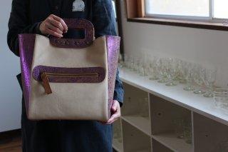 仁子鞄 ベージュピンク鞄