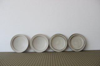 小谷田潤 リム6寸皿 白
