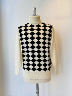 CORGI  army yarn argyle turtle neck pullover  white x black