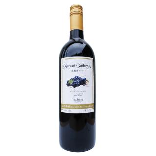 山形県産MuscatBaileyA100%赤ワイン750ml