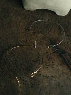 Sinuous Wire Choker