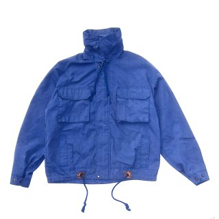 <img class='new_mark_img1' src='https://img.shop-pro.jp/img/new/icons16.gif' style='border:none;display:inline;margin:0px;padding:0px;width:auto;' />STAND COLLAR FIELD JACKET