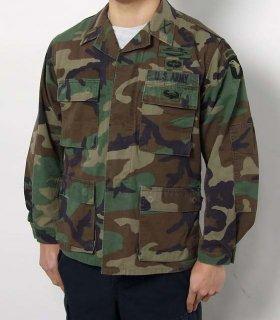 アメリカ軍 ウッドランドカモ コンバットジャケット ワッペン多数(USED)A2CUWW=