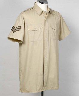 イギリス、カーキ、ワッペン付、半袖ドレスシャツ(ニアニュー)B15N2W-