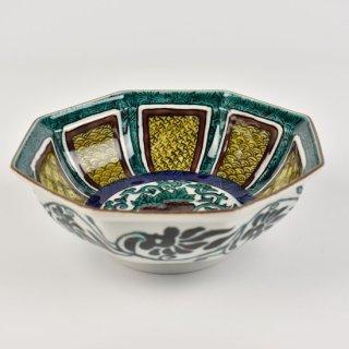 色絵牡丹唐草文八角鉢