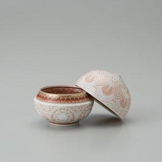 赤絵白�描割菊詰文 珠盃