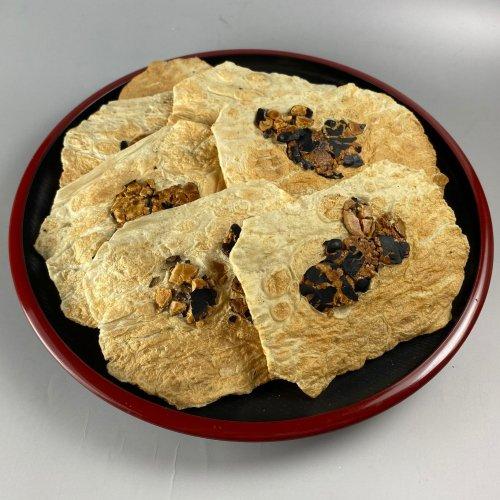 【★★★新商品です!!】黒豆と魚の大判煎餅10枚入り