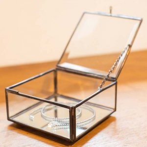 ガラスアクセサリーBOX 小