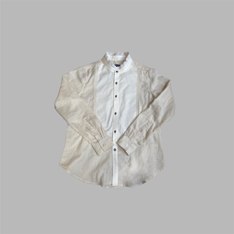 フリルカラーシャツ