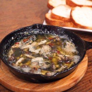 【テイクアウト不可】広島牡蠣ときのこのアヒージョ