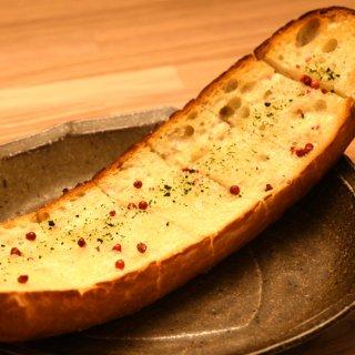 厚切りガーリックトースト