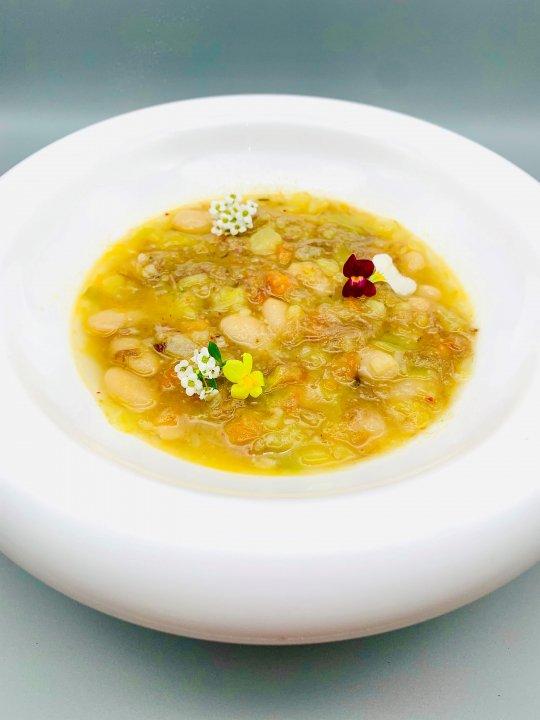 """《NEW》""""ガルビュール""""野菜と鴨肉の田舎風スープ<br />"""