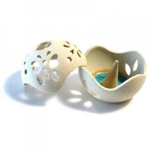 【SALE】飾ってもインテリアになるボール型お香皿/タイ雑貨