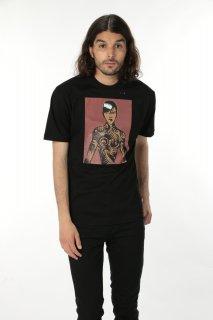 ONETSHIRT×Michael Roberts Rihanna T-Shirt