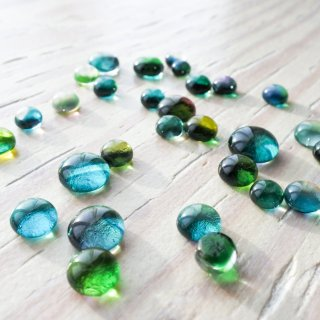 ガラスカボション グリーン 4個